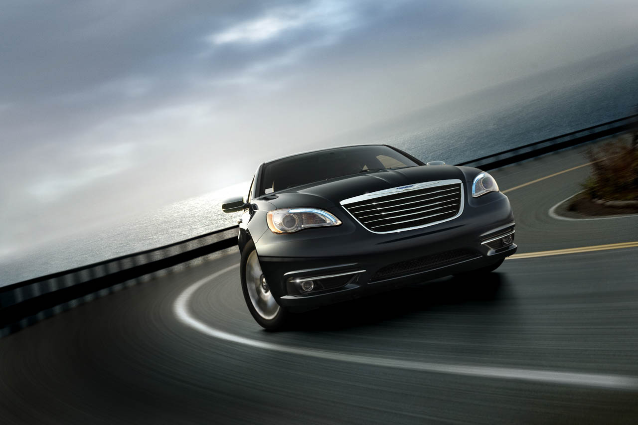 Chrysler Announces Pricing for new 2011 Chrysler 200 & 2011 Town & Country