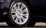 2011-chrysler-300-wheel