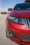 2011-lincoln-mks-ecoboost-headlight