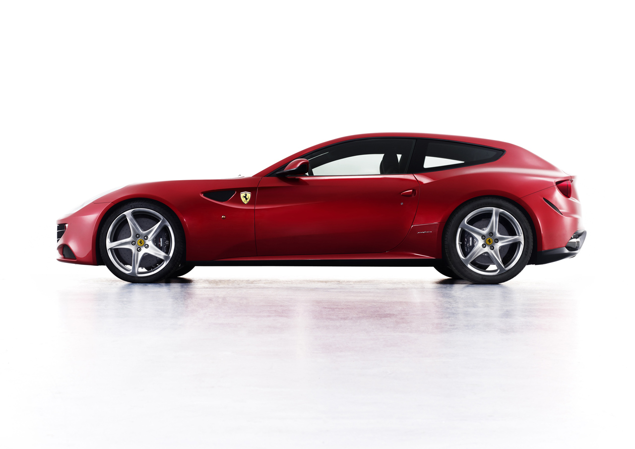 2012 Ferrari FF Breaks Cover