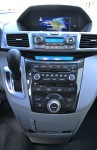 2011-honda-odyssey-center-dash