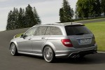 Mercedes_C63_AMG_2011_12