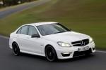 Mercedes_C63_AMG_2011_17