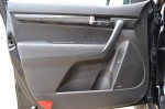 2011-kia-sorento-door-trim