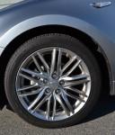 2011-suzuki-kizashi-wheel-tire