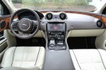 2011-jaguar-xj-dash