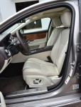 2011-jaguar-xj-front-seats