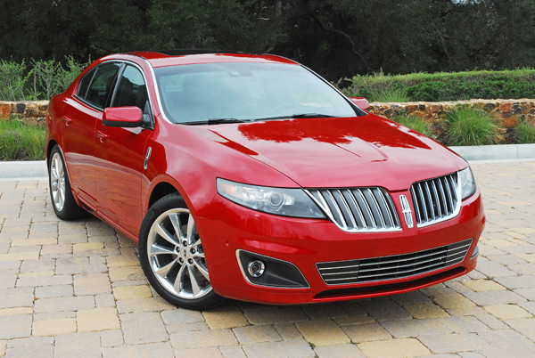 2011 Lincoln MKS EcoBoost – 'Luxury and Efficiency'
