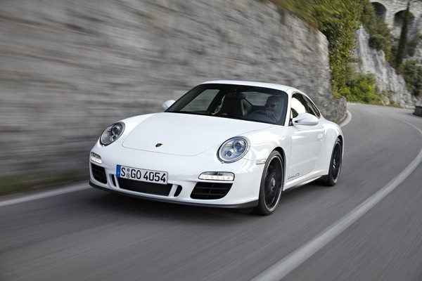 2011 Porsche 911 Carrera GTS: Goldilocks, Your Ride Is Here