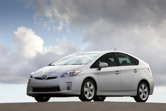 Hybrids Outpace Conventional Vehicle Sales