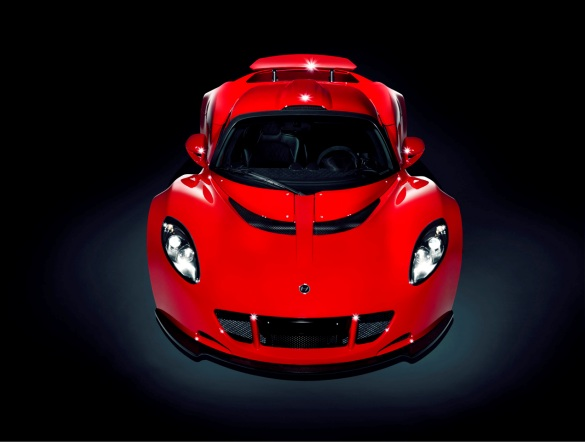 2011 Hennessey Venom GT Hits the Studio for some Red-Hot Pictures