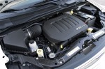 2011-chrysler-town-and-country-engine