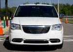 2011-chrysler-town-and-country-front