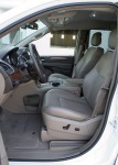 2011-chrysler-town-and-country-front-seats