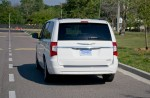 2011-chrysler-town-and-country-rear-2