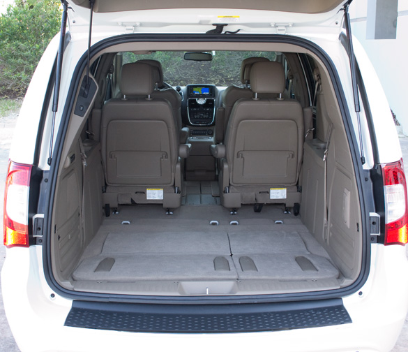 town and country minivan autos post. Black Bedroom Furniture Sets. Home Design Ideas