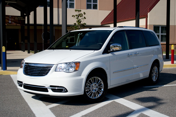 2011 Chrysler Town & Country Limited Review & Test Drive