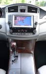 2011-toyota-avalon-limited-center-dash