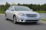 2011-toyota-avalon-limited-front-drive