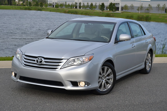 2011 Toyota Avalon Limited Review – Affordable Luxury