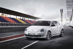 2012-Volkswagen-Beetle-exterior-in-white3