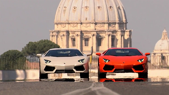 Absolutely Winning Videos: Lamborghini Aventador on the streets of Rome