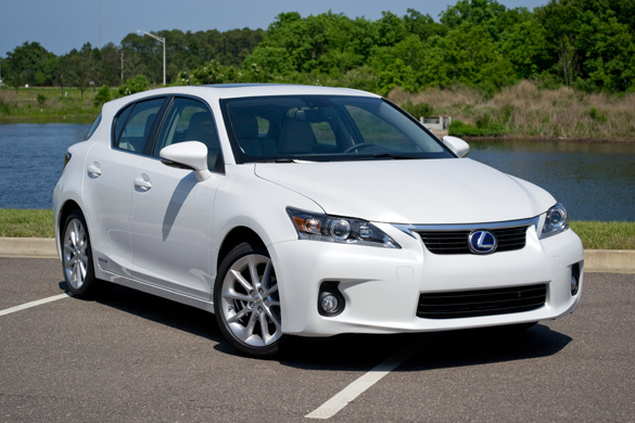 Driving Impressions: 2011 Lexus CT 200h Review