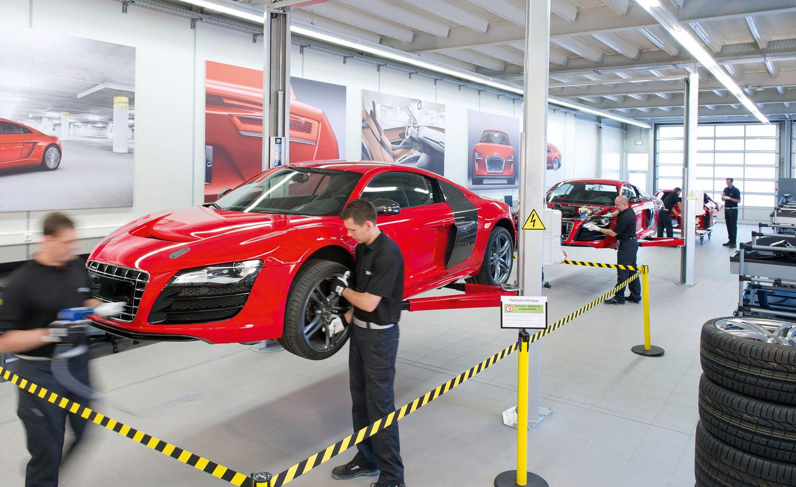 Behind The Scenes Look at Audi R8 e-Tron Production