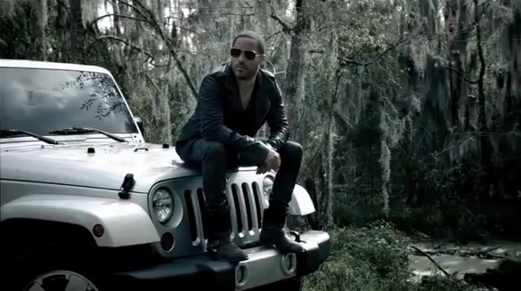 Lenny Kravitz Pitches… The Jeep Wrangler?