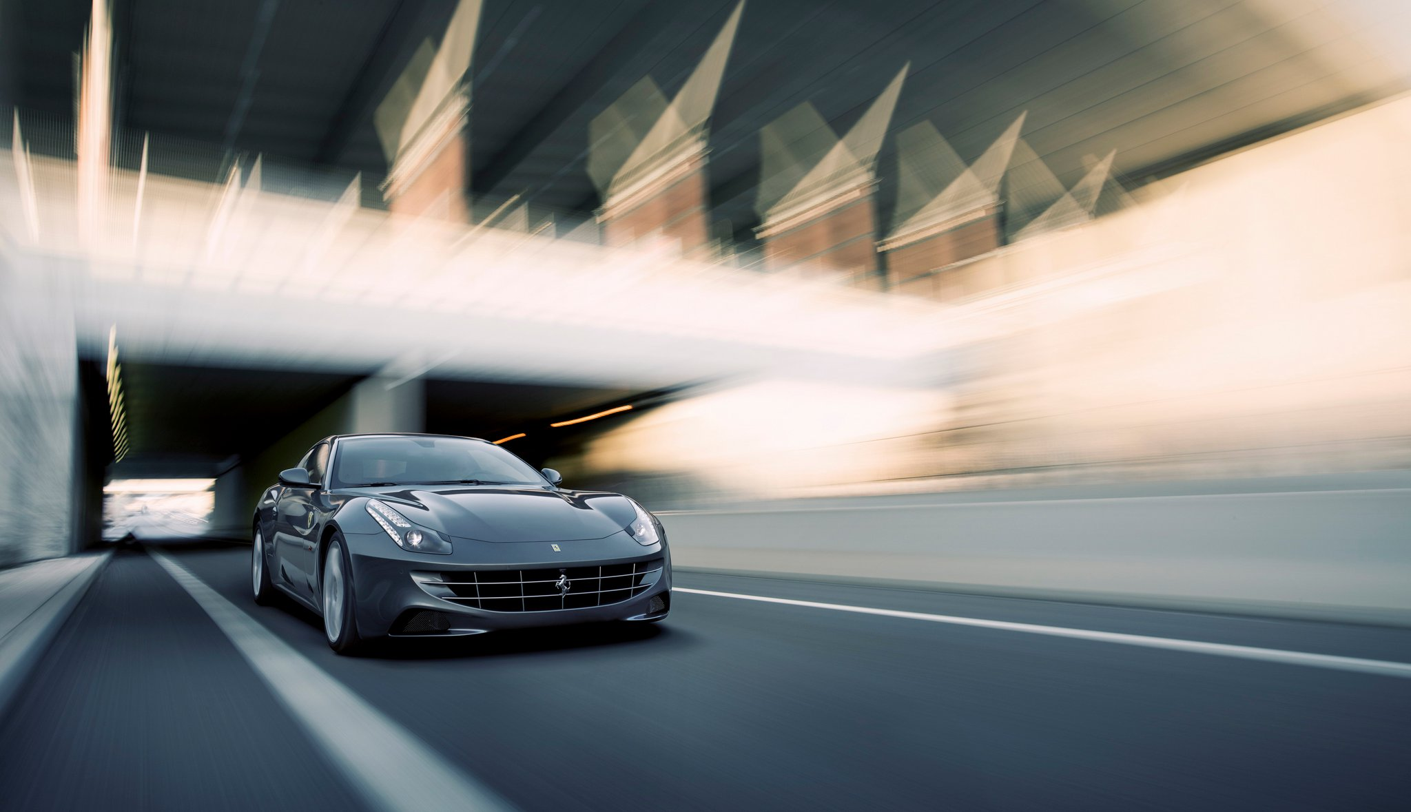 New Ferrari FF Hi-Res Images Released