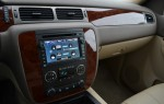 2011-chevrolet-tahoe-hybrid-power-display