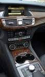 2011-mercedes-benz-cls550-center-dash