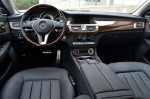 2011-mercedes-benz-cls550-dash