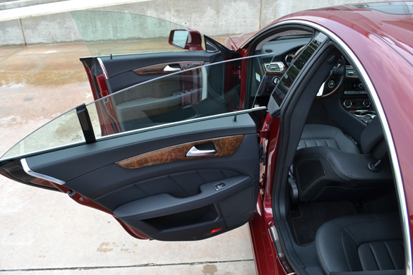 2012 mercedes benz cls550 review test drive. Black Bedroom Furniture Sets. Home Design Ideas
