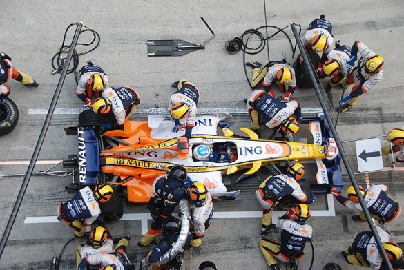Formula 1 Goes Green: Cars To Use Battery Power On Pit Lane