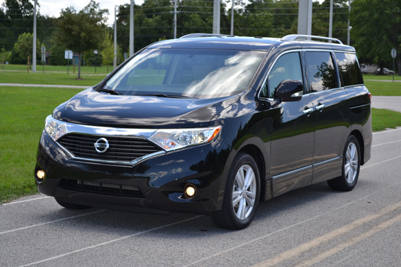 2011 Nissan Quest Front Angle