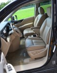 2011-nissan-quest-front-seats