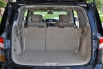 2011-nissan-quest-rear-cargo-seats-up