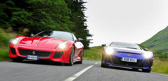 Video: EVO Magazine Pits Lexus LFA against Ferrari 599 GTO in Top Speed Run