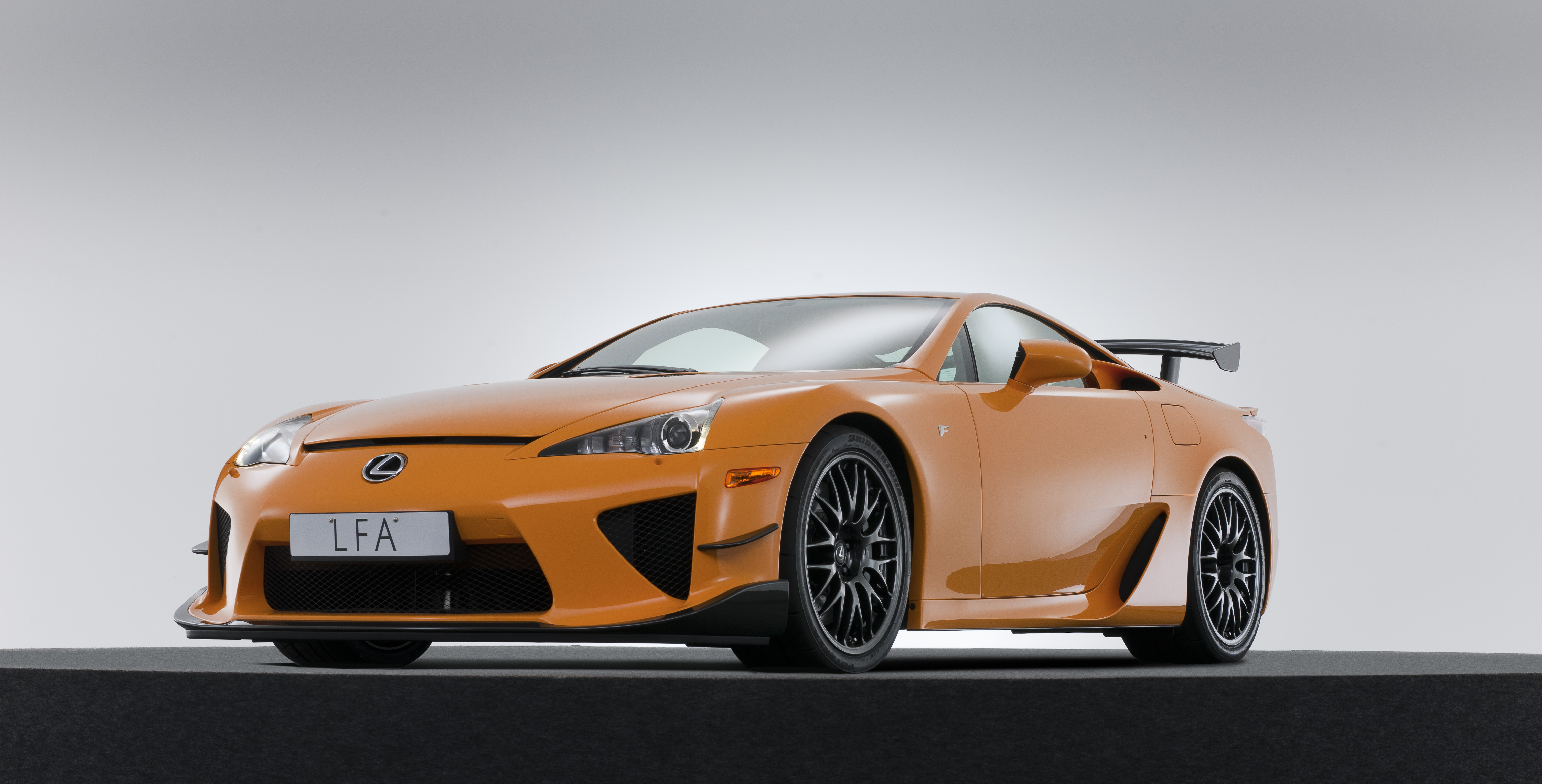 Unconfirmed: Lexus LFA Nürburgring Edition Laps The 'Ring In 7:14