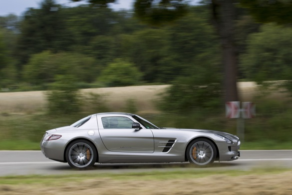 Mercedes-Benz To Build SLS AMG Black Series