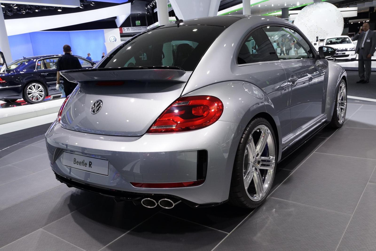 volkswagen beetle r concept revealed at frankfurt motor show. Black Bedroom Furniture Sets. Home Design Ideas