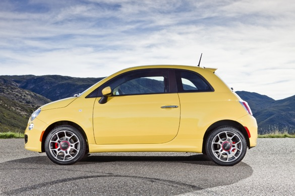 Small But Safe: 2012 Fiat 500 Earns IIHS Top Safety Pick