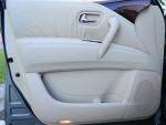 2011-infiniti-qx56-door-trim