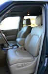 2011-infiniti-qx56-front-seats