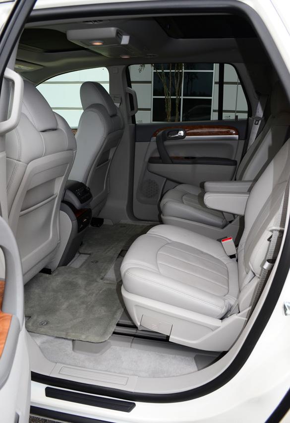 2012 buick enclave review test drive. Black Bedroom Furniture Sets. Home Design Ideas