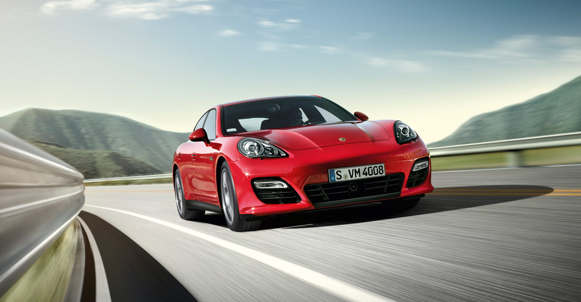 2011 LA Auto Show: Porsche Introduces Panamera GTS /w Video