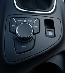 2012-buick-regal-gs-central-control-dial