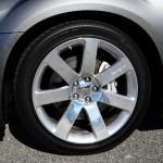2012-chrysler-300-srt8-wheel-tire
