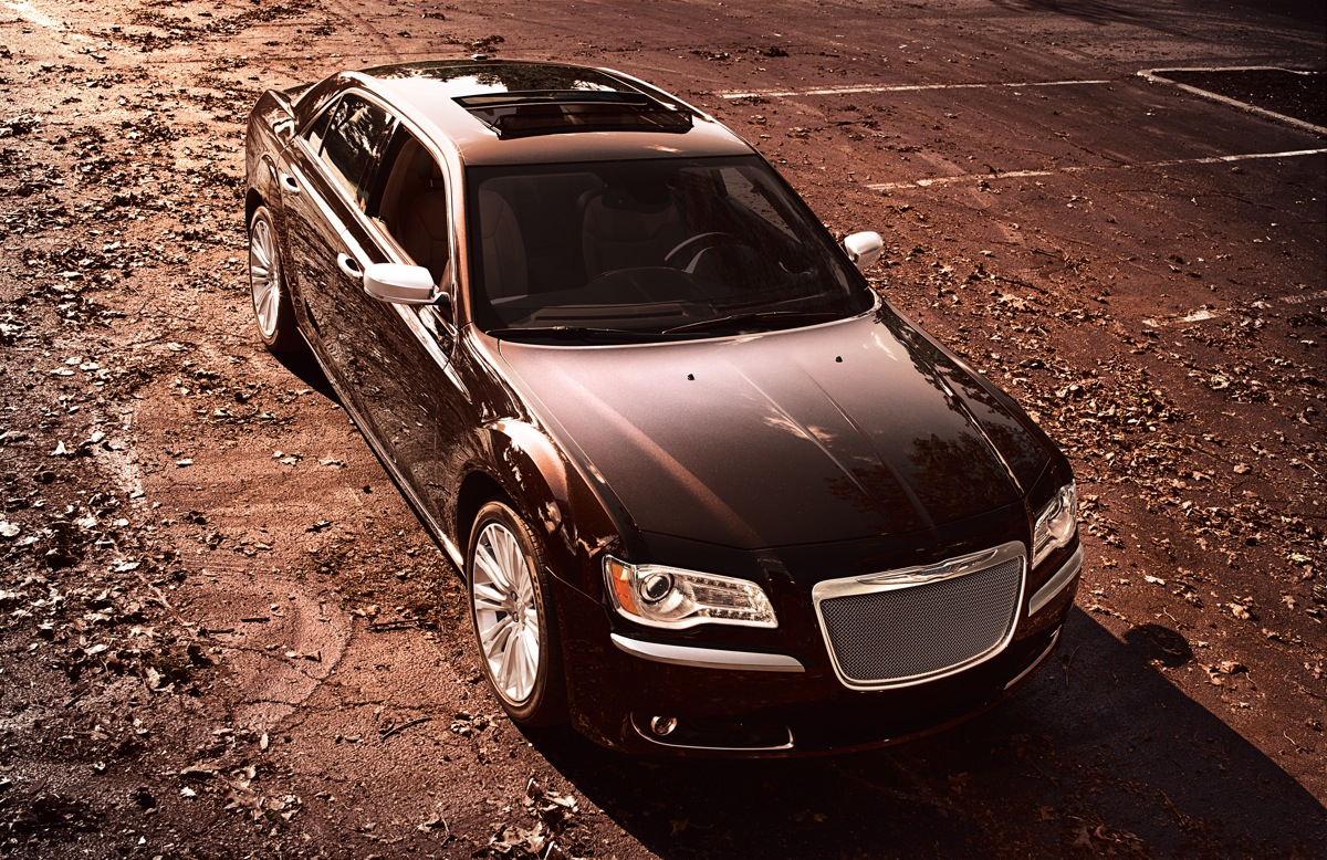 The 2012 Chrysler 300 Goes Upscale